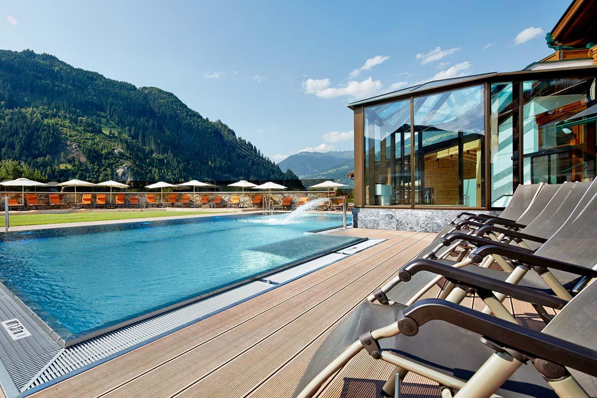 Outdoor pool Sonnenhof